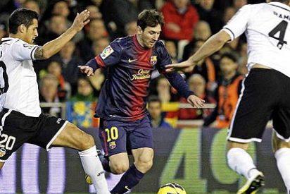 Los árbitros miopes : ¿Hubo penalti por mano de Xavi en el Valencia-Barça?