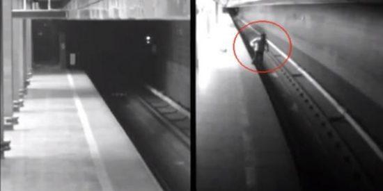 Dos trenes de metro arrollan a una mujer borracha y sólo le provocan dolor de espalda