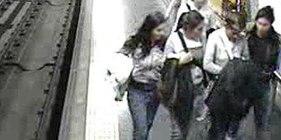 Un juez prohíbe acercarse al Metro de Madrid a una banda de chicas carteristas