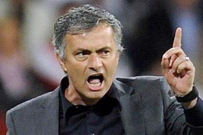 """Mourinho, a sus jugadores antes de jugar contra el Granada: """"Hay que tener orgullo. Es mejor estar a 5 puntos del Barça que a 15"""""""
