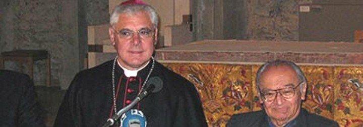 """Müller denuncia las """"campañas para desacreditar a la Iglesia"""""""