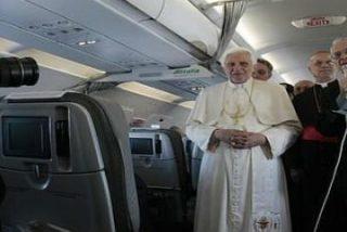 El médico del Papa le desaconsejó los viajes en avión