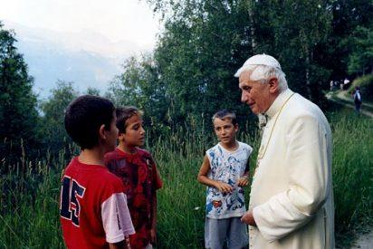 La salida de Ratzinger del Vaticano será retransmitida en directo a todo el mundo