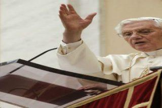 """""""La fe precede a la caridad, pero se revela genuina sólo si culmina en ella"""""""
