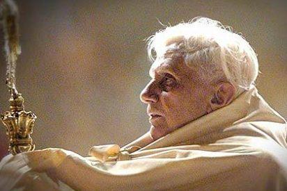 """Benedicto XVI tomó la decisión de renunciar al papado """"hace muchos meses"""""""