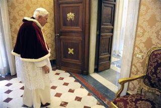 Benedicto XVI permanecerá en el Vaticano por seguridad y privacidad
