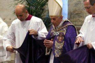 """El Papa alerta de las """"divisiones"""" en el interior de la Iglesia en su último Miércoles de Ceniza"""