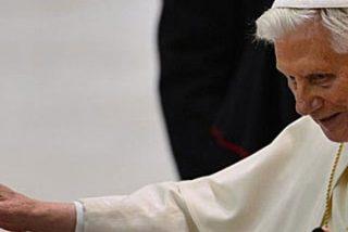 """Benedicto XVI anuncia que permanecerá """"desaparecido para el mundo"""" tras su renuncia"""