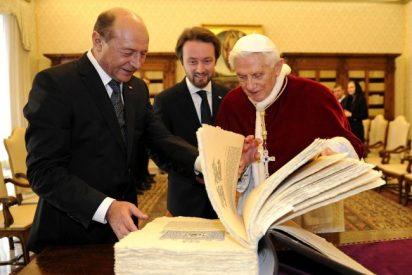 El Papa recibe al presidente de Rumanía