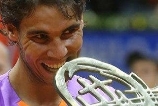 Rafa Nadal vuelve a levantar un título de campeón ocho meses después
