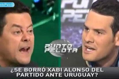 """Tomás Roncero pierde los nervios con Quim Doménech por asegurar que Xabi Alonso se borró de la convocatoria: """"¡Eres un mentiroso!¡Y te lo digo a la cara!"""""""