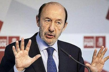 Alfredo Pérez Rubalcaba declara que ganó 67.229 euros con dietas en 2012