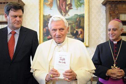 """Biógrafo del Papa: """"Benedicto estaba agotado desde hacía tiempo"""""""