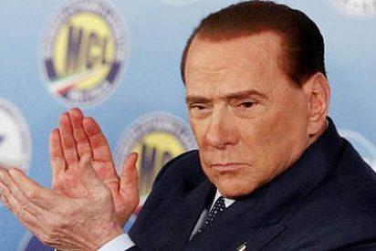 El 'bunga-bunga' de Berlusconi resucita e Italia se hace ingobernable