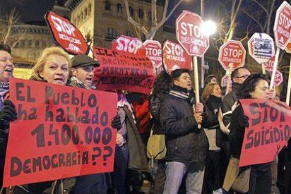 """Los Bomberos se niegan a intervenir en los desahucios: """"Estamos para salvar vidas"""""""