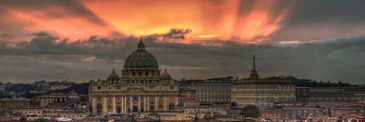 ¿Cómo se gobierna la Iglesia hasta la elección del Sucesor?