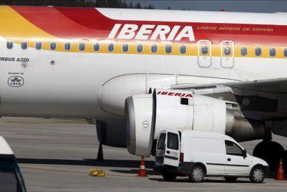 Los sindicatos de Iberia posponen dos días la decisión de si aceptan la propuesta de reducir a 3.141 los despedidos