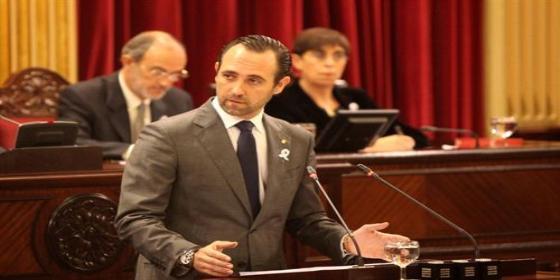 El PP pide la dimisión de toda la oposición por atreverse a pedir el cese de Bauzá