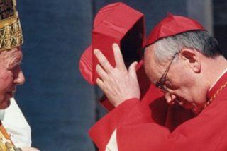 Francisco podría canonizar a Juan Pablo II en octubre