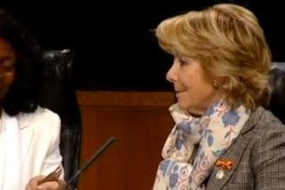 """Energúmenos castristas boicotean un acto de Esperanza Aguirre y las Damas de Blanco: """"No es cierta la versión que dais de Cuba"""""""