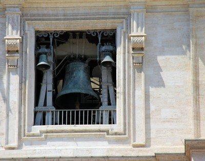 Las campanas argentinas doblan en honor a Francisco