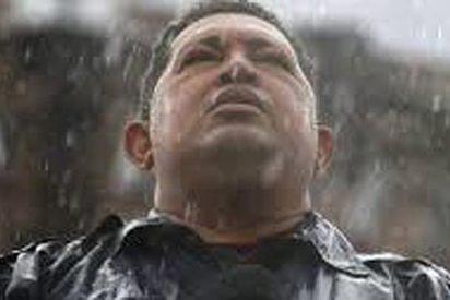 Nicolás Maduro afirma que Hugo Chávez influyó en la elección del Papa... ¡desde el cielo!