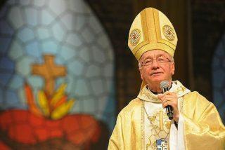 """Hummes: """"El Papa está rompiendo rituales, rechazando limusinas"""""""