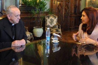 """Cristina Kirchner pide a Francisco que trabaje por """"la justicia e igualdad"""""""
