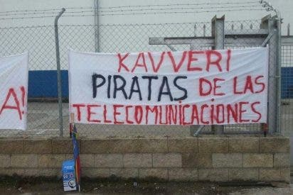 Los trabajadores de Kavveri Telecom España, despedidos por un ERE, reclaman cobrar sus emolumentos