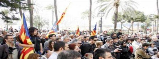"""'Enllaçats per la llengua' pide a Bauzá que se moje y eleve el catalán """"a la igualdad plena"""""""