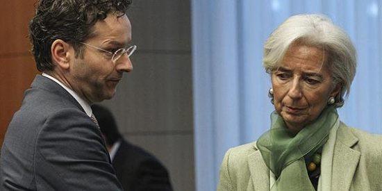 La Razón se pone del lado de una Europa que meta mano a los ahorradores