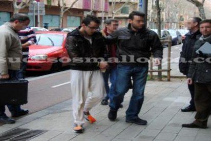 El juez manda a la cárcel al joven acusado de matar de un golpe a su madre en Palma