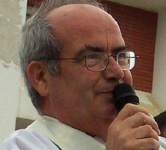 """Mons. Jimeno: """"El Papa lavó los pies a 12 drogadictos un Jueves Santo"""""""