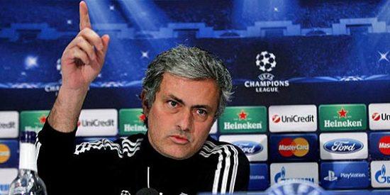 """Mourinho: """"Si ganamos al Manchester, no correré los 100 metros por la banda"""""""