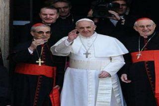 La primera visita del Papa Francisco a la Virgen
