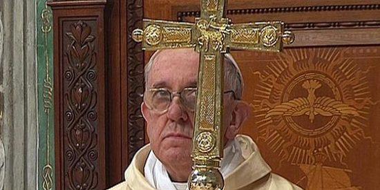 """La """"oración en cada dedo"""" del Papa Francisco"""