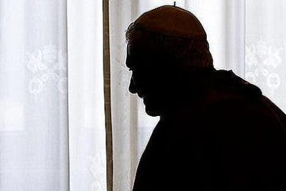 Ratzinger, ¿un Papa en la sombra?