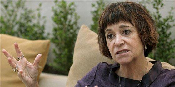 """Rosa Montero: """"La sonrisilla en el rostro de piedra de Bárcenas es la mueca del verdugo que disfruta matando"""""""