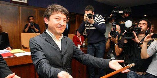 Rubalcaba ordena al PSOE 'recular' en la moción de censura en Ponferrada
