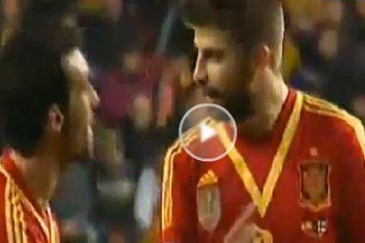 Bronca entre Piqué y Arbeloa tras el gol de Finlandia a España