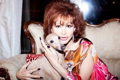 La cantante Yurena rompe a llorar y confirma que su madre, Margarita Seisdedos, está gravemente enferma