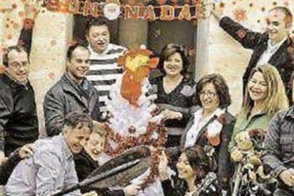 ¡Esta es la foto por la que la alcaldesa Pepita Gutiérrez pagó 3.000 euros como si tal cosa!