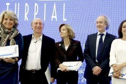 Esperanza Aguirre triunfa entre el rojerío prisaico: