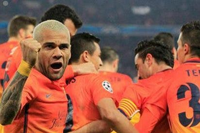 """Alves acusa a Mourinho de los errores de Stark: """"Condiciona a los árbitros"""""""