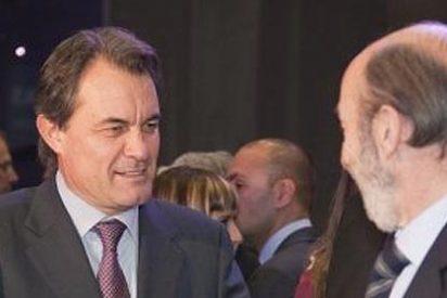 Rubalcaba se reunió en secreto con Mas para tratar el encaje de Cataluña