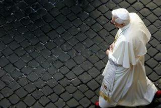 Benedicto vuelve al Vaticano