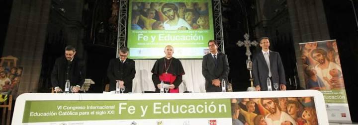 """Osoro exhorta a """"suscitar la pasión por la educación frente a la resignación"""""""
