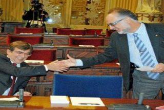 Acusan a Manera de haber cobrado del Pacte 5.000 € por unos libros que están 'tirados'