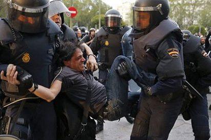 Catorce policías heridos y 15 detenidos en el 'asedio' al Congreso