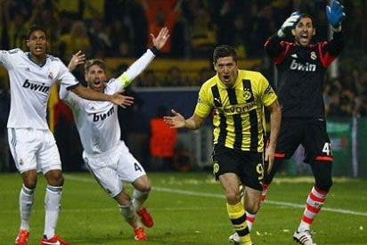 El polaco Lewandowski da un recital y le casca 4 goles al Real Madrid